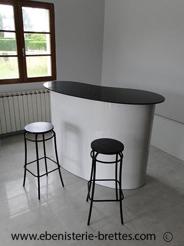 Meuble Bar Laqué Forme Courbe|Ebenisterie Brettes