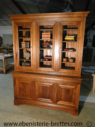 biblioth que louis philippe en noyer pour etampes en ile de france ebenisterie brettes. Black Bedroom Furniture Sets. Home Design Ideas