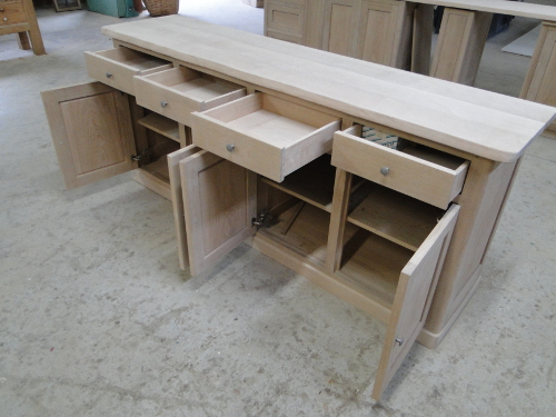 mobilier-de-fabrication-francaise-chene-naturel-buffet-bahut