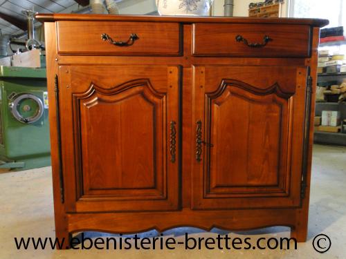 creation de meubles sur mesure buffet style louis quinze ebenisterie brettes. Black Bedroom Furniture Sets. Home Design Ideas