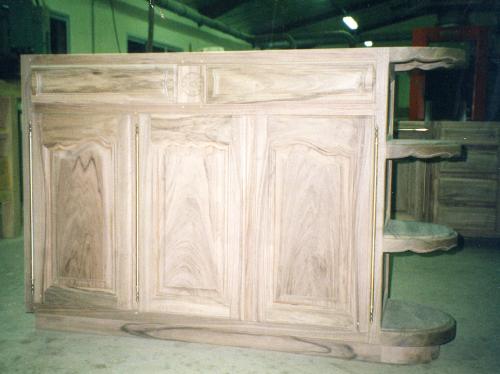 cuisine sur mesure pos e auxerre. Black Bedroom Furniture Sets. Home Design Ideas