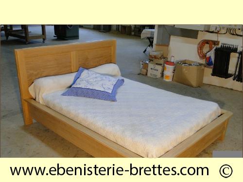 lit de fabrication fran aise en ch ne massif dijon c te d 39 or ebenisterie brettes. Black Bedroom Furniture Sets. Home Design Ideas