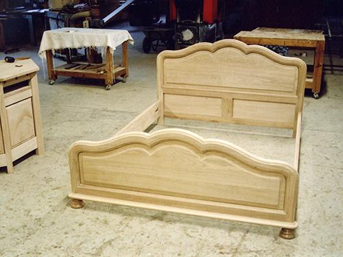 lit louis quatorze pied a boule rustique ebenisterie brettes. Black Bedroom Furniture Sets. Home Design Ideas