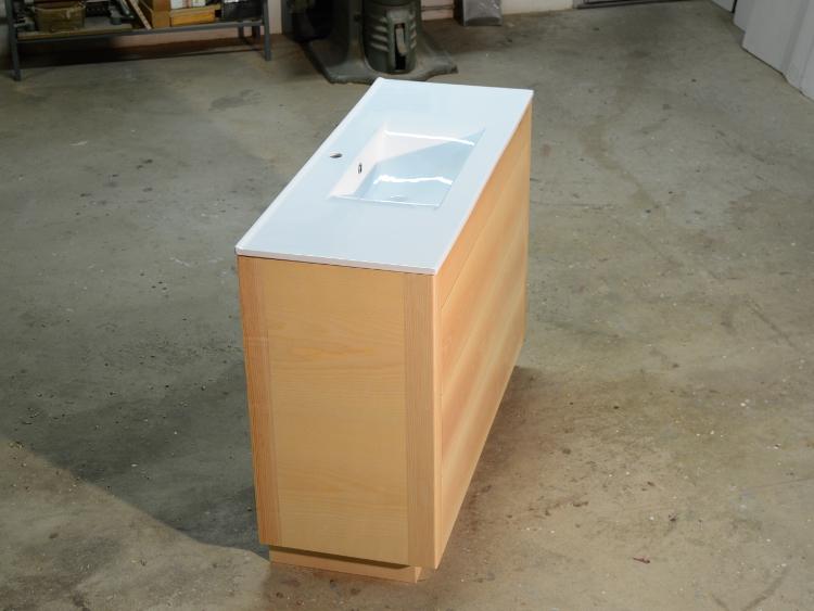 Meuble salle de bain bois moderne ebenisterie brettes for Meuble salle de bain inox