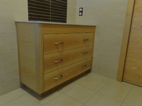 meuble salle de bain bois moderne ebenisterie brettes. Black Bedroom Furniture Sets. Home Design Ideas