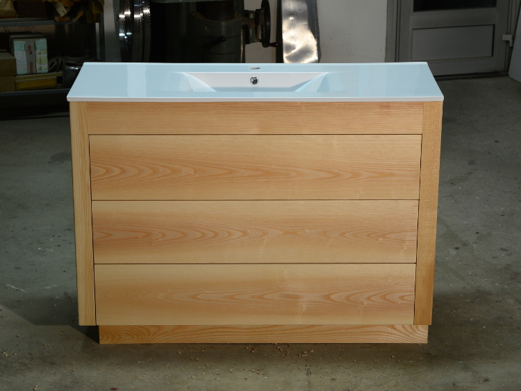 Meuble salle de bain bois moderne ebenisterie brettes for Meuble salle de bain bois moderne