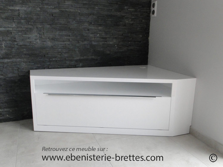 Meuble de t l vision d 39 angle blanc brillant design avec for Meuble tv ecran plat suspendu