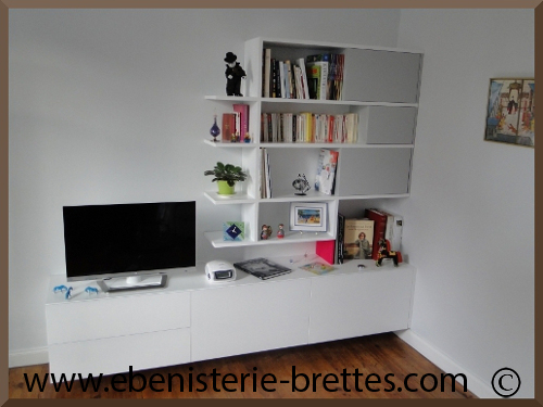 meuble de t l vision moderne blanc avec rangements sur mesure r alis bayonne au pays basque. Black Bedroom Furniture Sets. Home Design Ideas