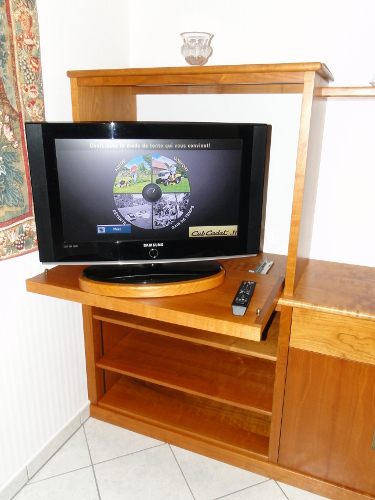 Meuble de tv television au pays basque meuble tv tarnos - Les meubles de television ...