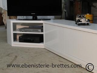 Meuble de t l vision neuf moderne en angle pour chilly for Meuble bas angle salon