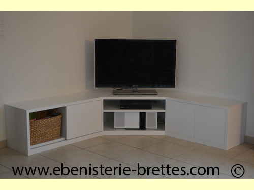 meuble tv en angle blanc fabriqu et livr toulouse. Black Bedroom Furniture Sets. Home Design Ideas