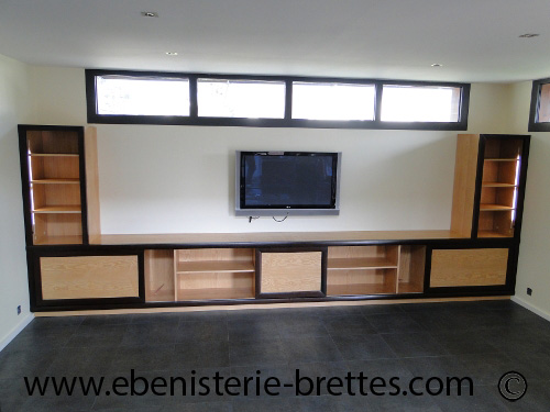 fabrication d 39 un meuble tv et rangements moderne anglet au pays basque ebenisterie brettes. Black Bedroom Furniture Sets. Home Design Ideas