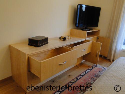 fabricant de meuble de tele sur mesure saint jean de luz et au pays basque ebenisterie brettes. Black Bedroom Furniture Sets. Home Design Ideas