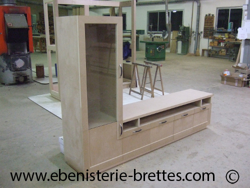 meuble television contemporain laqu chocolat et ros ebenisterie brettes. Black Bedroom Furniture Sets. Home Design Ideas