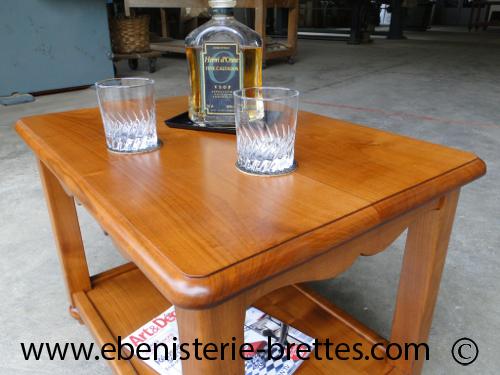 Table de salon en merisier massif pour un client de l on for Petite table pour salon