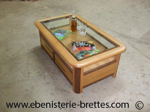 Table basse dessus de verre et encadrement en aluh 37 l - Table basse bois et verre dessus ...