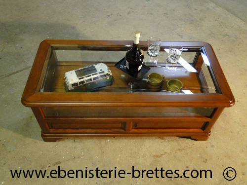 table basse de style louis philippe en merisier livraison lyon en rh ne alpes ebenisterie. Black Bedroom Furniture Sets. Home Design Ideas