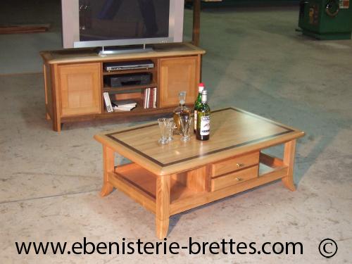 Model Des Salon En Bois Sur Mesure : Table de salon en bois merisier avec niches et tiroirs