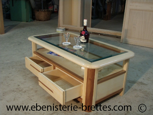 table salon design bois clair orme frene