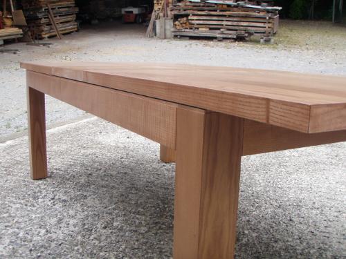 Table contemporaine rallonges telescopiques - Fabriquer une table en bois massif ...