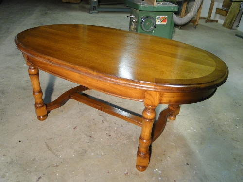 Table ovale bois chene for Table ovale en bois massif